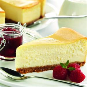 GF New York Style Baked Cheesecake